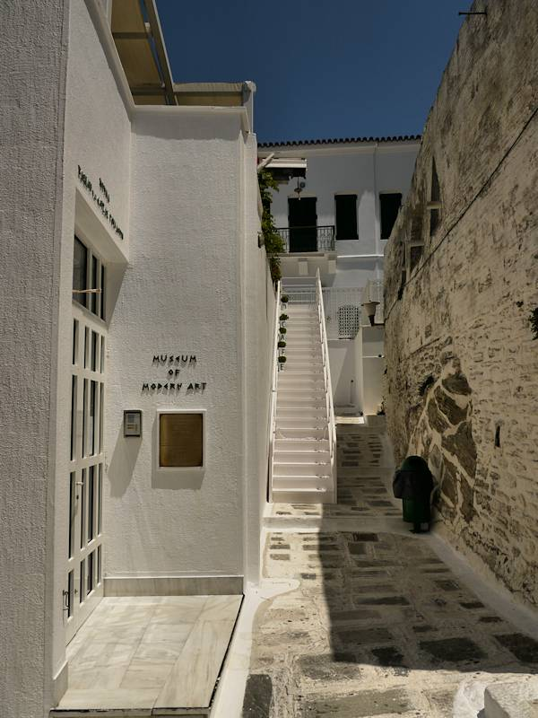 Chora Andros Musee Art Moderne 07